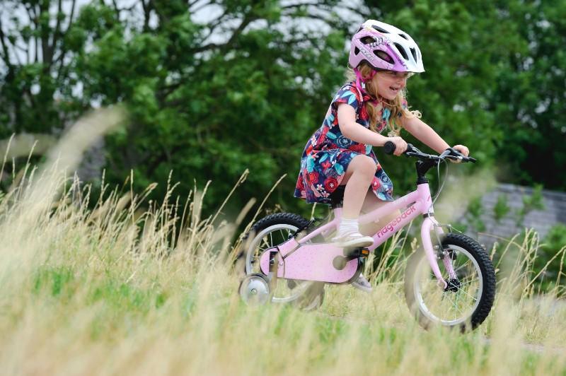Kids-cycling-helmet