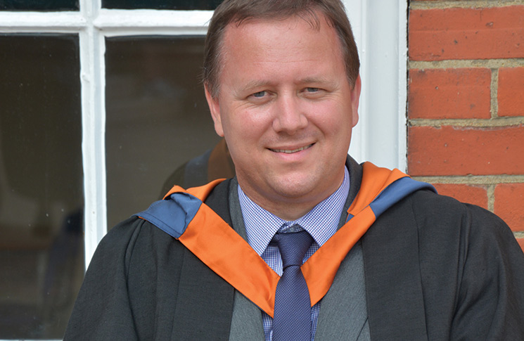 mr jamie The chelmsford knee clinic was established in 1996 by mr jamie p flanagan, consultant orthopaedic surgeon, and now medical director of the.