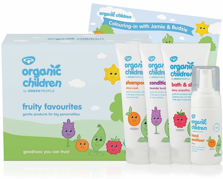 Children's travel toiletries set