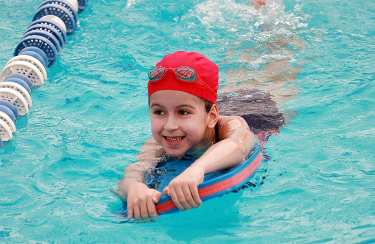 8 tips for safe swimming