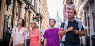Family exploring London