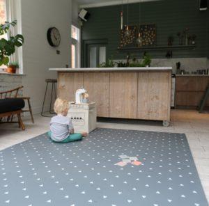 gus-beau-christmas-gift-guide-playmats