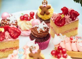 peggy-porschen-afternoon-tea-cakes